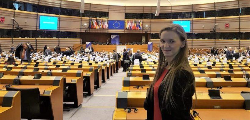 Holesova-parlament